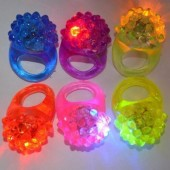 Strawberry Glow Light Ring Torch LED Finger Ring Lights Flash Beams Light Halloween Party LED Novelty Lighting Wedding 100PCS
